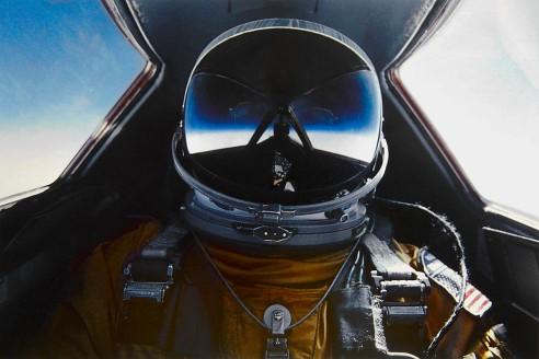 Brian Shul ve svém SR-71 Blackbird