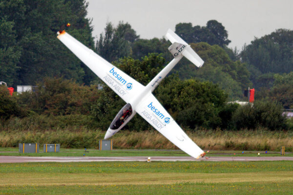 Swift-S-1-G-IZII-Crash