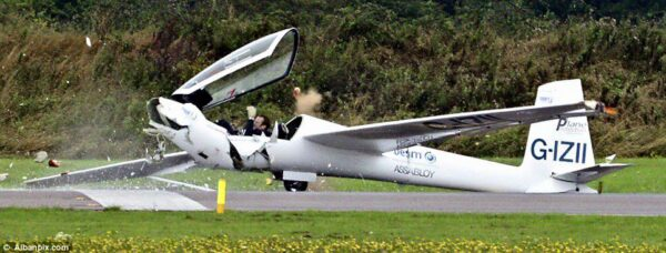 Swift S-1 G-IZII - Crash